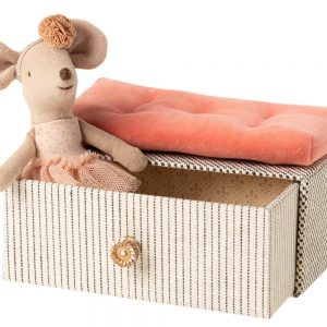 Maileg little sister dancer mouse in daybed